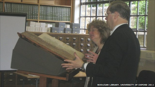 Professor Wendy Scase, Head of English Department at University of Birmingham and Dr Bruce Barker-Benfield, curator of medieval manuscripts at the Bodleian