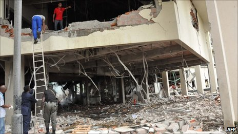 Bombed UN building in Abuja (August 2011)