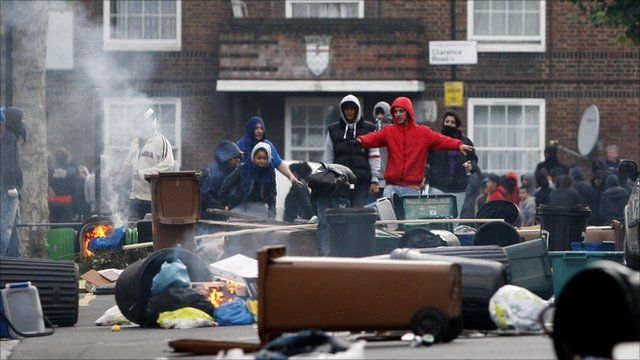 Young rioters in London