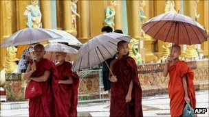 Buddhist monks in Shwedagon pagoda, Rangoon
