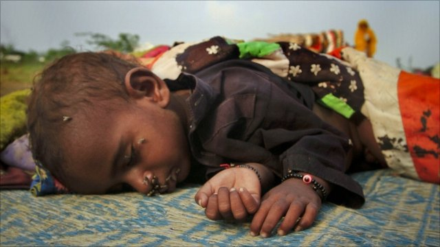 Displaced boy in Pakistan's Sindh province
