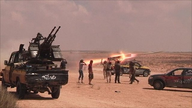 Anti-Gaddafi forces outside Sirte