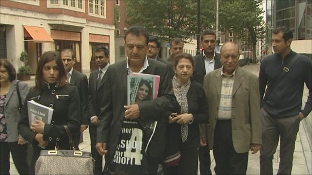 Anni Dewani's father Vinod Hindocha with other family members