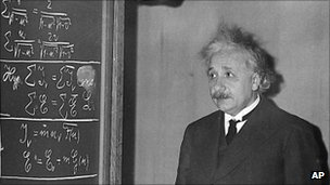 Albert Einstein in Pittsburgh on 28 December 1934
