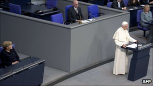 Pope addresses Bundestag