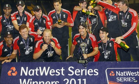 England celebrate with the ODI series trophy