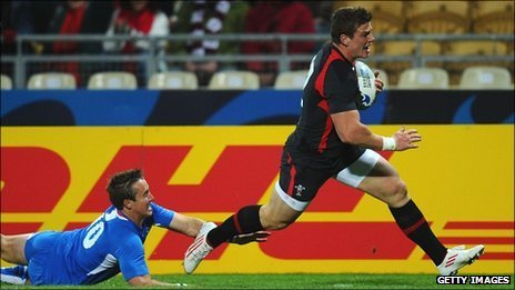 Scott Williams races away to score Wales' first try
