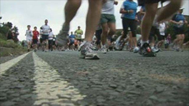 Runners at the new Oxford Half Marathon 2011