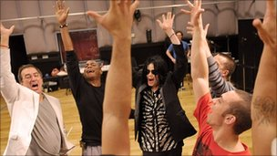 Michael Jackson in rehearsals