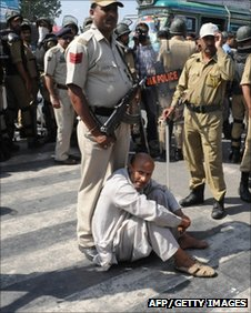 J&K MLA Shiekh Rashid was removed by the Police from protest