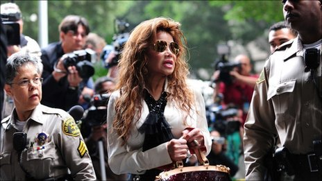 "La Toya Jackson arrives outside the courthouse ahead of the third day of the trial of her brother Michael Jackson""s doctor on September 29, 2011 in Los Angeles"