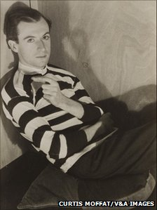 Cecil Beaton by Curtis Moffat