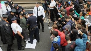 Police arrest Occupy Wall Street protesters on Brooklyn Bridge - 1 October 2011