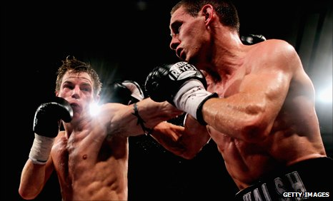 Paul Appleby goes up against Liam Walsh at London's York Hall