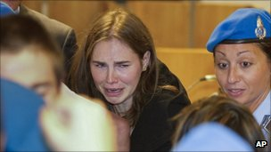 Amanda Knox cries in Perugia's courtroom after the verdict