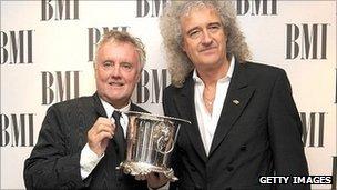 http://news.bbcimg.co.uk/media/images/55836000/jpg/_55836024_013086527-1.jpg