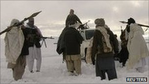 File photo of Taliban fighters in Afghanistan (January 2009)