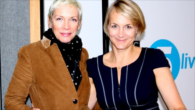 Annie Lennox with presenter Louise Minchin in a 5 live studio