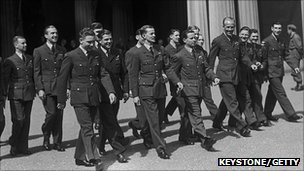 Wing Cdr Gibson and other members of the 617 Squadron