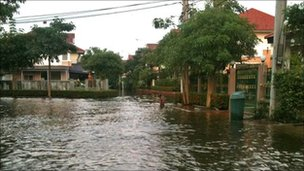Flooding in Nonthaburi, Thailand. Photo: Chris Rodgers