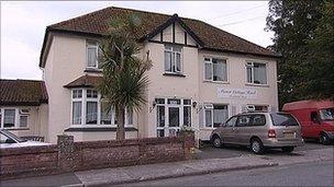 Manor Cottage Retirement Hotel