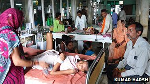 Child suffering from viral encephalitis in a Gorakhpur hospital