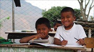 Nasa boys in the El Credo school, in Huellas-Caloto