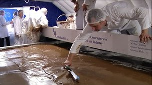 World&#039;s largest chocolate bar being created