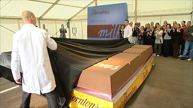 Chocolate makers unveil the world's biggest chocolate bar in Derbyshire