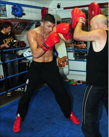 Nathan Cleverly trains with father Vince in preparation to face Tony Bellew