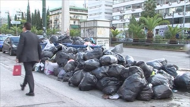 Uncollected rubbish in Athens