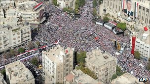 Government supporters in Damascus, 12 Oct
