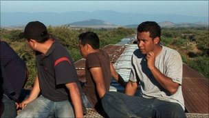 Migrants on top of &quot;La Bestia&quot;