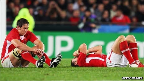Ryan Jones (left) and Jamie Roberts of Wales show their dejection