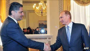Russian Prime Minister Vladimir Putin (right) meeting his Armenian counterpart Tigran Sargsyan at the talks in St Petersburg