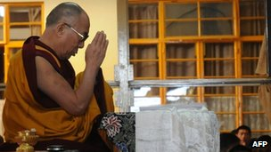 Dalai Lama prays for Tibetans who set themselves on fire