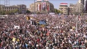 Pro-Assad demonstration in Aleppo. Photo: 19 October 2011