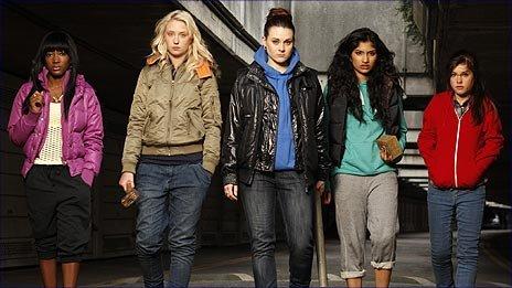 Cast members from Sket