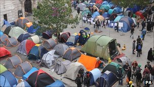 Protesters&#039; tents outside the cathedral