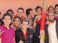 Egyptian pupils talk to BBC team