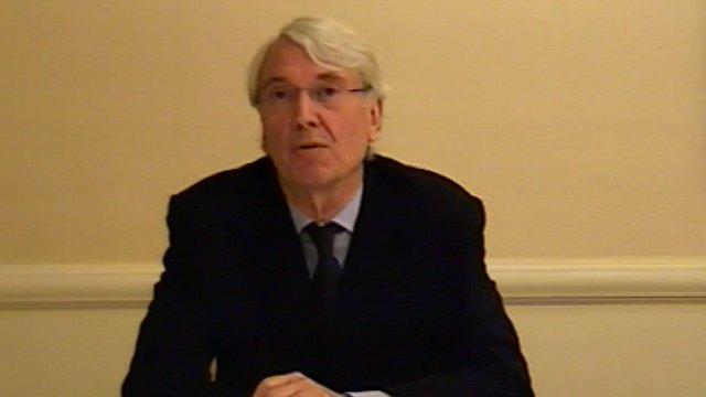 Les Hinton speaking via videolink