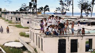 Nauru kids