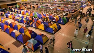 Tents for evacuees at Don Muang airport on 23 October 2011