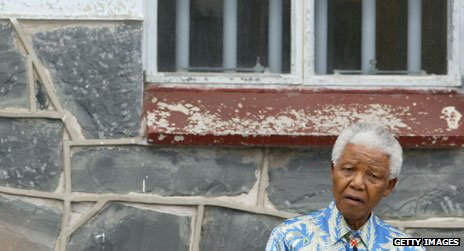 Nelson Mandela revisits Robben Island