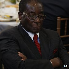Robert Mugabe photographed in 2009