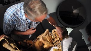 Dr Frohlich and the Peruvian mummy