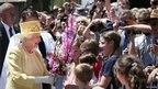Queen Elizabeth has attracted crowds during her tour of Australia.