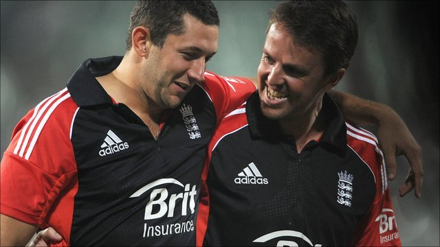England captain Graeme Swann (left) with Tim Bresnan