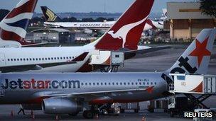 Jetstar plane in Singapore, 29 Oct