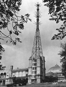 Alexandra Palace's television mast